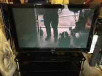"""Samsung 50"""" Plazma TV & Glass Stand"""