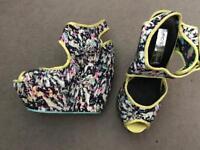 Babycham shoes size 3