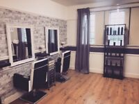 Chair to rent in Friendly Salon close to tge city centre and on main transport link