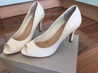 Kurt Geiger heels. size 38