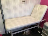 Massage beauty couch