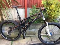 Whyte 146s full carbon enduro am mountain bike. Very good condition