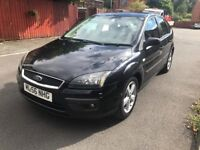 56 plate - Ford Focus 1.6 petrol - one year mot - warranted miles - Black colour - alloy wheels