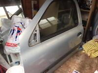 Renault Clio 1.2 MK2 passenger door