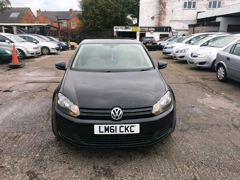 Volkswagen golf 1.6 bluemotion match DSG 7 speed