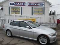 2011 BMW 328 i xDrive AWD!! SUNROOF!! HTD LTHE!!  POWER SEATS!!