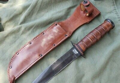 Vintage USN Mark 2 Robeson Shuredge Fighting Knife with Leather Sheath