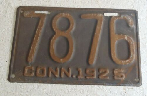 1925 Connecticut License Plate 7876