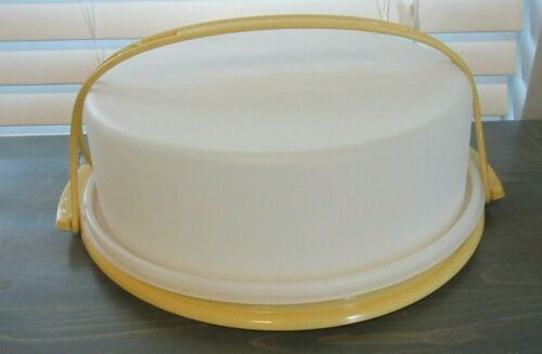 Vintage Tupperware Cake Pie Carrier Container With Lid/handle 719-1 Harvest Gold