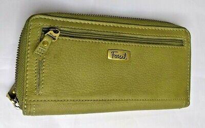 Fossil green leather zip around Wallet Clutch EUC
