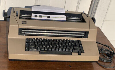 Vintage Ibm Correcting Selectric Iii Electric Typewriter - Great Condition - Tan
