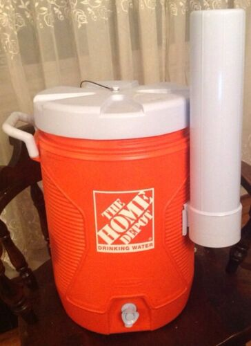 RUBBERMAID HOME DEPOT WATER COOLER NEW WITH CUP HOLDER