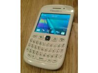 UNLOCKED BlackBerry Curva 9320 - smartphone mobile phone