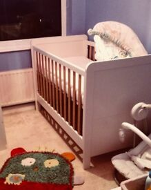 Mamas and Papas cream/pine wooden cot cotbed