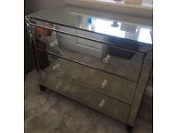 LARGE MIRRORED CHEST DRAWERS CAN DELIVER