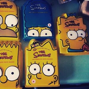 looking for simpson stuff and movies