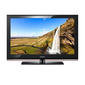 """SAMSUNG 40"""" LCD TV MODEL LE40B530P7WXXC £50!!!! COLLECTION ONLY FARSLEY LEEDS"""