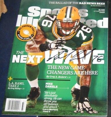 85ca458c Mike Daniels Green Bay Packers SIGNED AUTOGRAPHED Sports Illustrated SI COA
