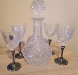 Bottle and 4 crystal glasses