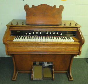 Free antique pump organ