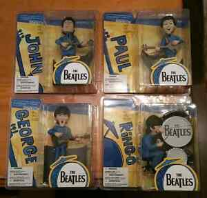MCFARLANE BEATLES ( MINT )