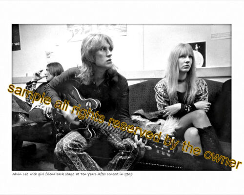 ALVIN LEE TEN YEARS AFTER 8x10 BACKSTAGE 1969 + 5x7 1974 head 2 toe live set of2