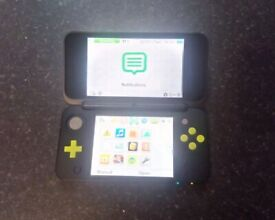 Nintendo 2DS XL Console with Charger 3DS