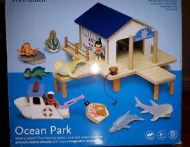 Wooden ocean toy