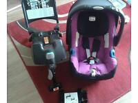Britax baby safe plus SHR II car seat with Isofix base, attachments and instructions - Group 0+