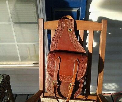 BEAUTIFUL ALL LEATHER MOTORCYCLE OR WESTERN SADDLE BAG