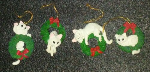 White Cats Kittens in Wreaths X-Mas Set of 4 Christmas Ornaments Holiday