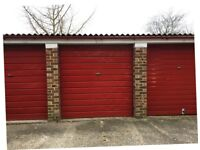 Garage to rent: Isleworth TW7 - ideal for storage or car parking.