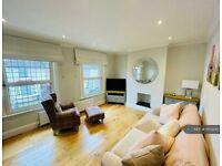 1 bedroom flat in Glenhurst Road, Brentford, TW8 (1 bed) (#1103245)
