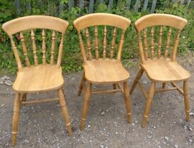 3 solid country style wood dining chairs in great condition