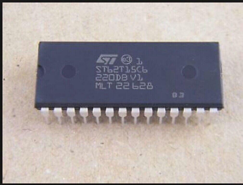 ST ST62T15C6 DIP-28 8-BIT MCUs WITH A//D CONVERTER TWO