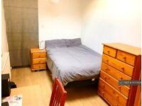 1 bedroom in Kathleen Avenue, London, W3 (#1070835)