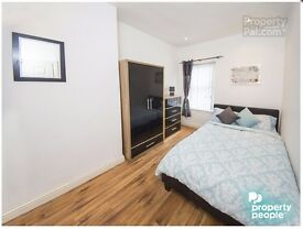 BEAUTIFUL DOUBLE ROOM TO RENT IN DUNCAIRN GARDENS FOR JUST £325 WITH ALL BILLS INCLUDED!!