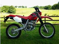 Honda XR400R, 2005-55 registration, only 731 miles from new, MOT'd until June 2017.