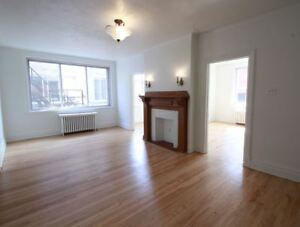 Spacious 2 BR-Westmount-Atwater, large windows & bright