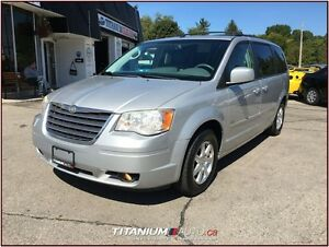 2008 Chrysler Town & Country Touring+DVD+GPS+Camera+Heated Leath London Ontario image 5
