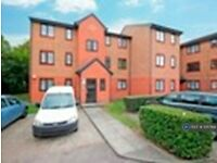 1 bedroom flat in Streamside Close, London, N9 (1 bed) (#1057168)