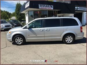 2008 Chrysler Town & Country Touring+DVD+GPS+Camera+Heated Leath London Ontario image 8