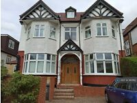 1 bedroom flat in St. Mary's Avenue, London, N3 (1 bed) (#360182)