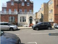 1 bedroom flat in St. Andrews Road, London, W14 (1 bed) (#1102375)