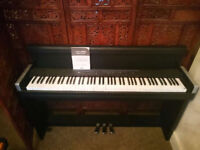 KORG LP-350 Black Digital Piano Fully-weighted keys with Minor Fault