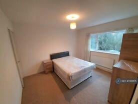 1 bedroom in Great Denson, Eaglestone, Milton Keynes, MK6 (#1129175)