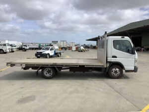 2015 FUSO CANTER 515 tray (*$176 per week)