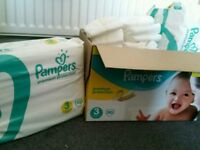 Box pamper nappies size 3