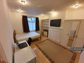 1 bedroom in Prout Grove, London, NW10 (#1077382)