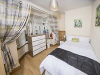 BEAUTIFUL DOUBLE ROOM JU RENT JUST OFF ORMEAU ROAD WITH ALL BILLS INCLUDED